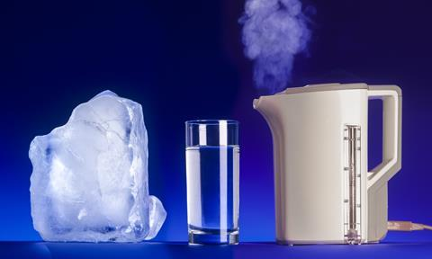 An image illustrating the states of matter: a block of ice, a glass of water and a kettle boiling