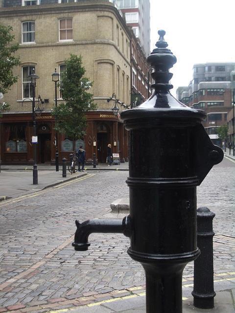 John Snow memorial pump