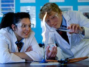 School-science-lessonC5Y65EAlamy300