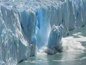 An ice cap breaking apart