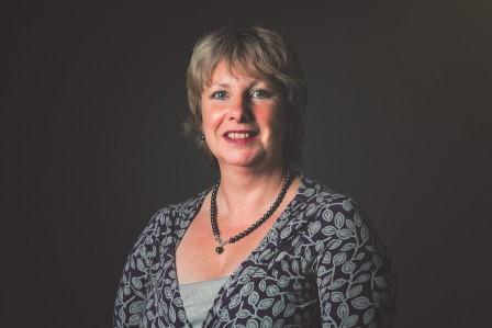 Karen J Ogilvie